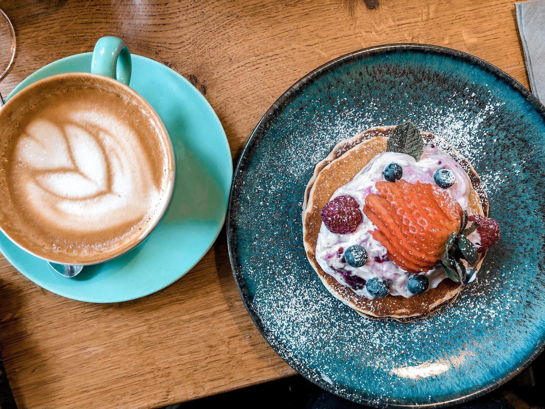 Ten Hands Cafe Bar | Nicole Navigates