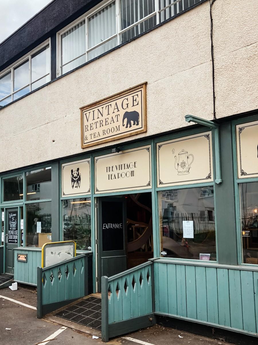 Vintage Retreat Northampton | Nicole Navigates